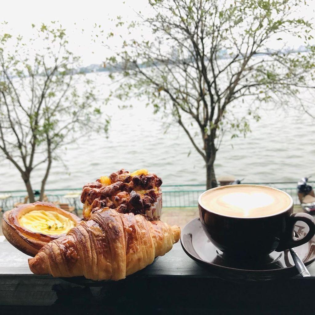 ha-noi-cafe-view-ho-tay-1