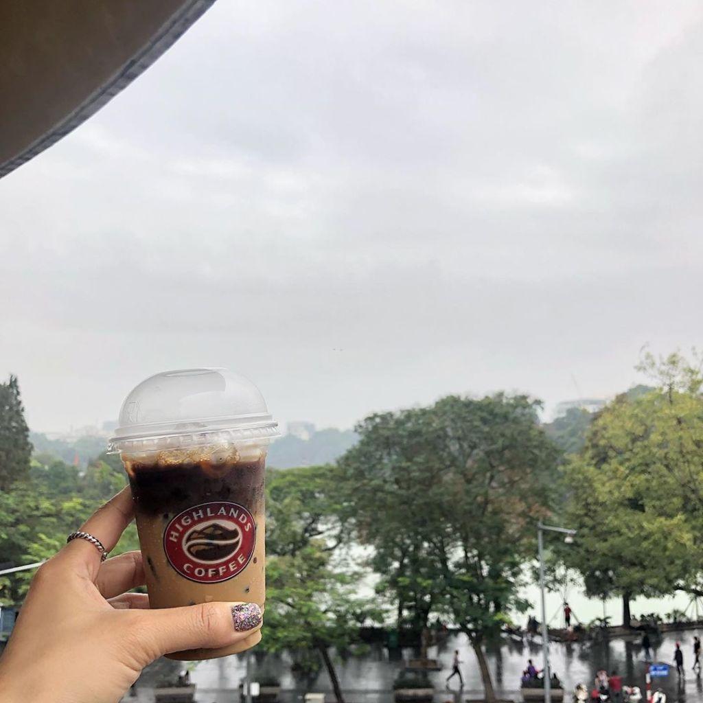 cac-quan-cafe-song-ao-dep-2