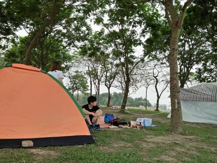 Cắm trại ở công viên Yên Sở