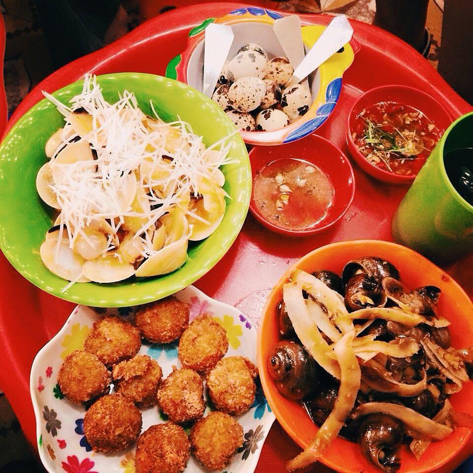 các món ăn tại quán ốc Hà Trang