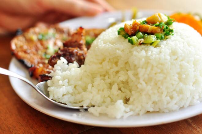 Quán ăn trưa ngon Hà Nội cơm sườn Đào Duy Từ