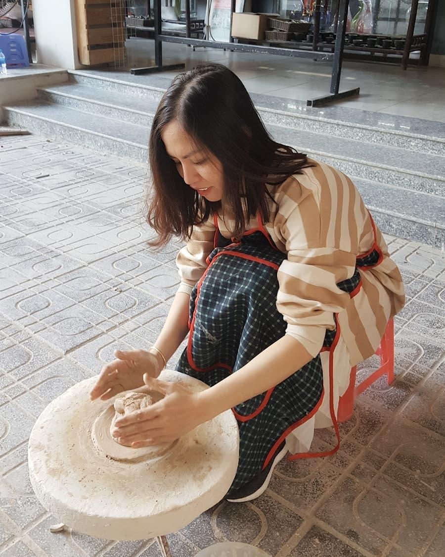 Tự tay làm những món đồ gốm đơn giản. Ảnh: @thaotran301