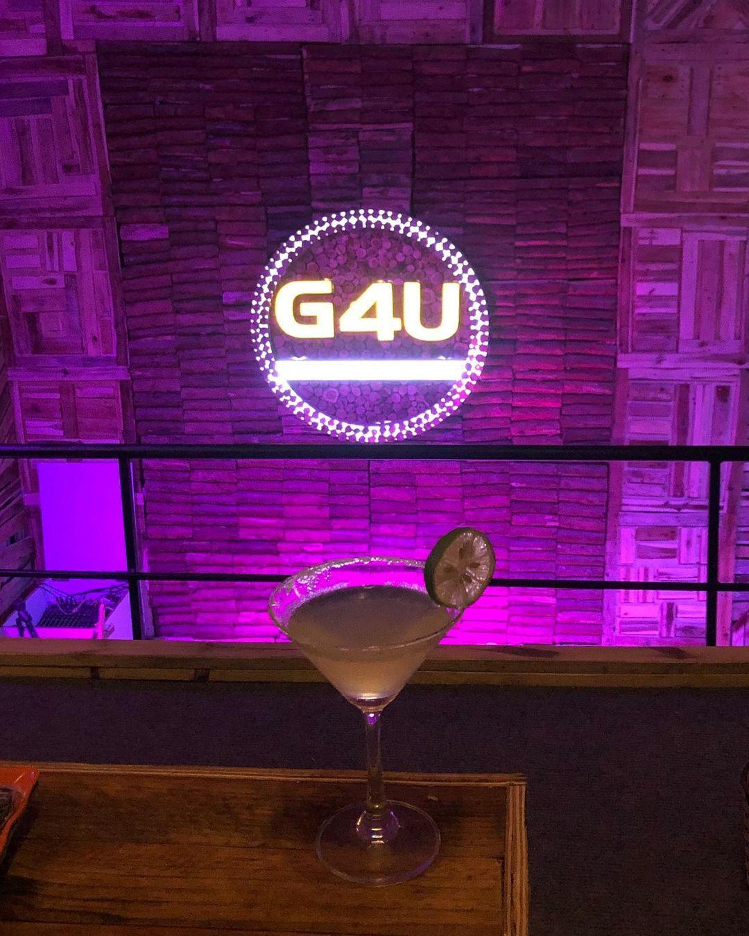 G4U cafe-phong-tra-ha-noi